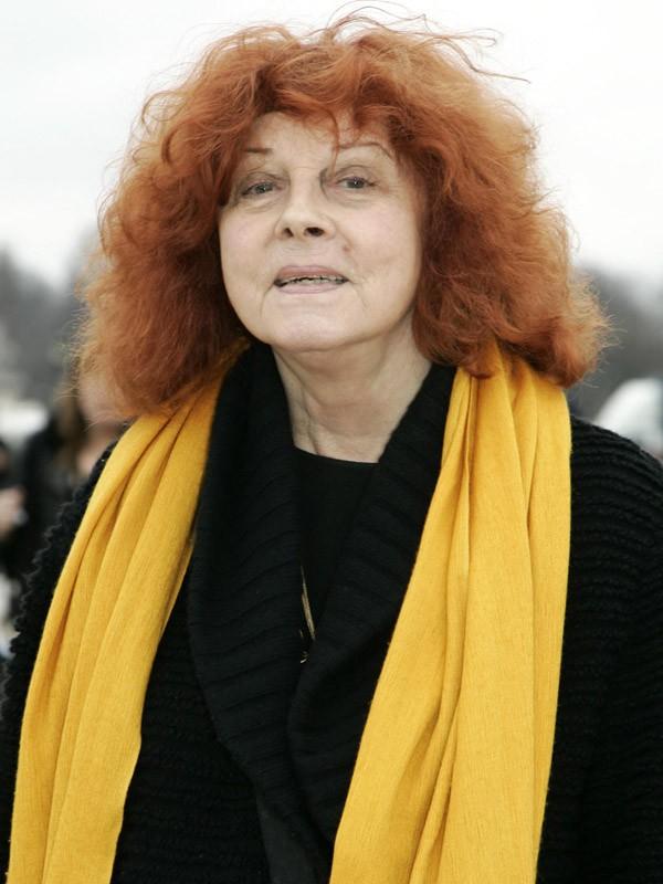 Regine Deforges (78 ans)