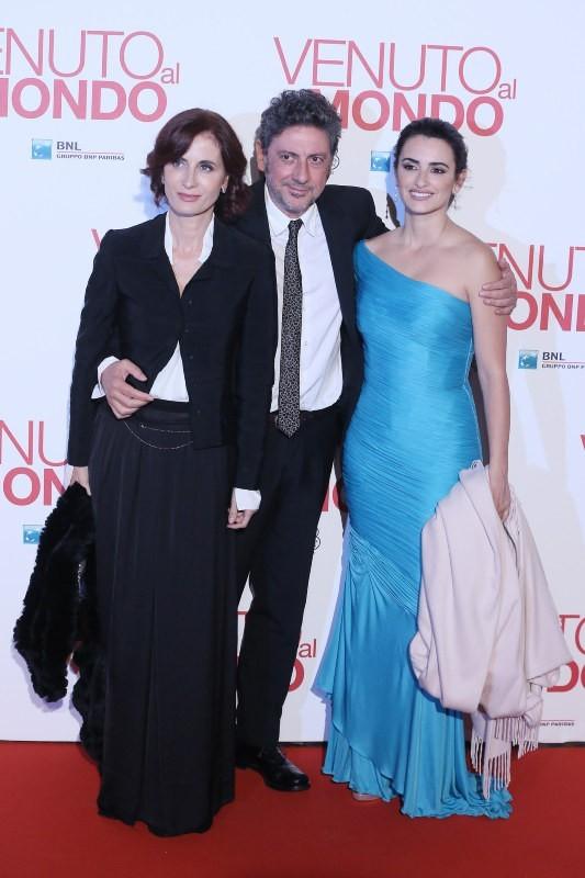 Margaret Mazzantini, Sergio Castellitto et Penelope Cruz lors de la première du film Twice born à Rome, le 5 novembre 2012.
