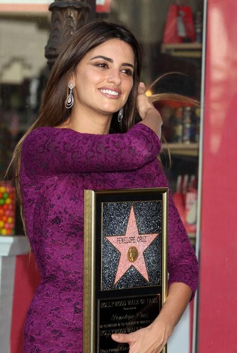 Elle a reçu la 2436 ème étoile !