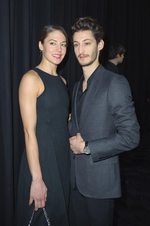 Photos : Pierre Niney et Natasha Andrews : élégants pour Dior et toujours aussi bien assortis !