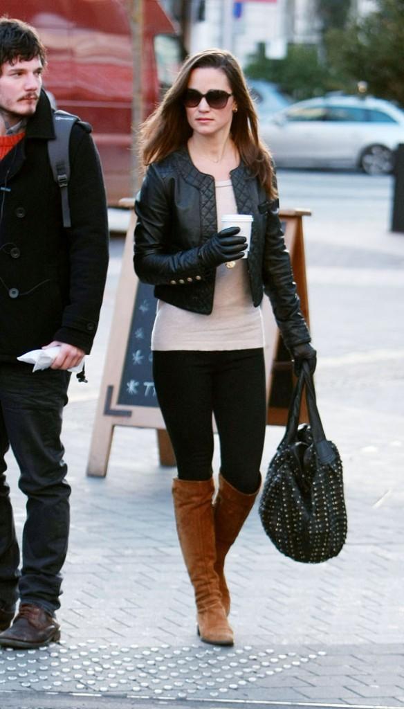 Pippa Middleton en route pour aller travailler !