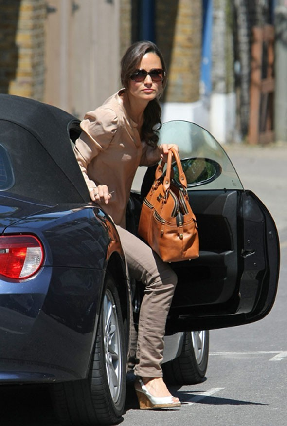 Jolie voiture oblige pour Pippa Middleton !
