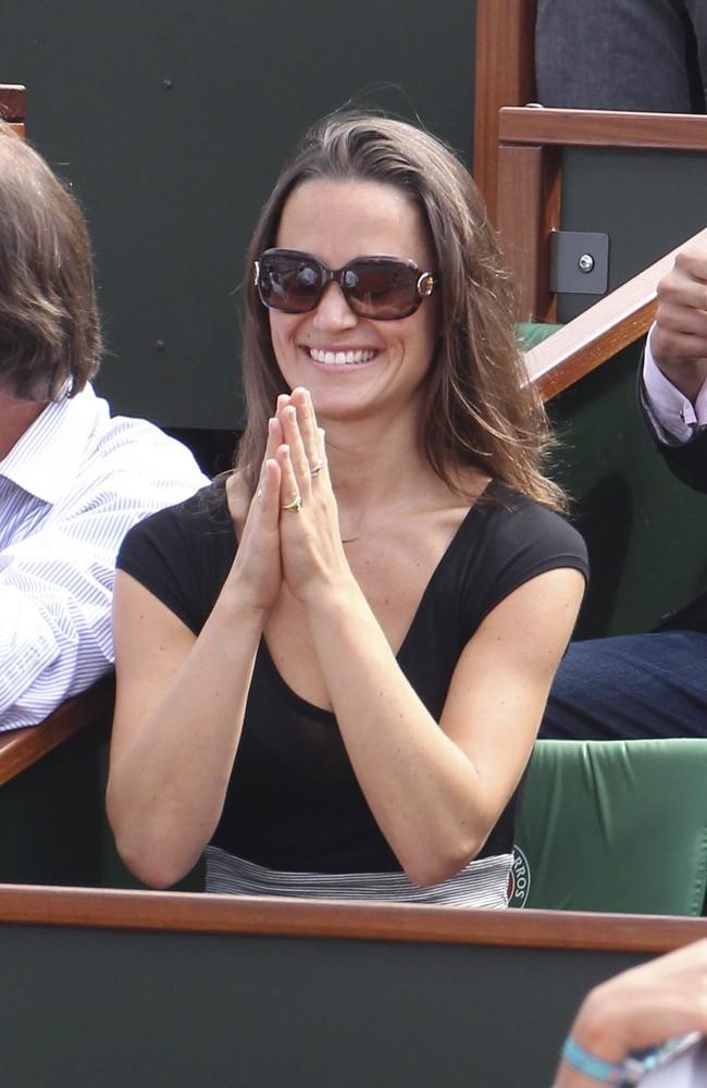 Moi aussi je veux devenir princesse! Dieu du tennis, entendez ma prière!