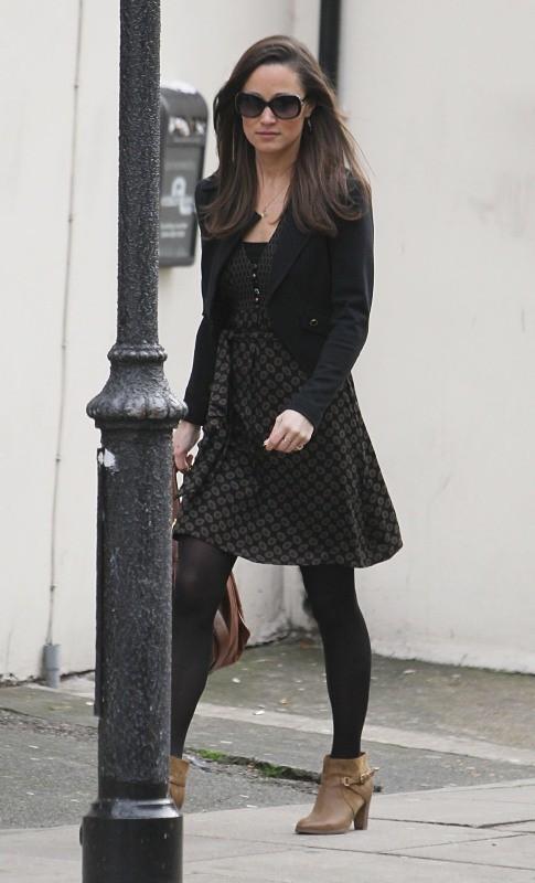Pippa Middleton le 6 décembre 2012 dans les rues de Londres
