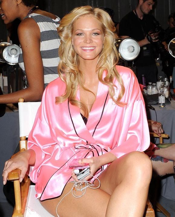 Dans les coulisses du défilé Victoria's Secret à New York le 7 novembre 2012 (Erin Heatherton)
