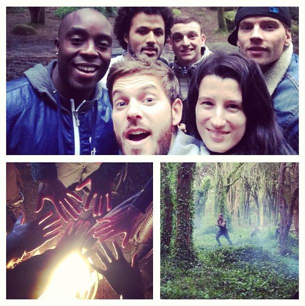 Les chanteurs réunis dans la forêt de Sherwood !