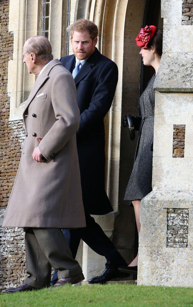 Le Prince Harry avec le Prince Philip à l'église St Mary's Magdalene à Sandringham ce dimanche 25 décembre