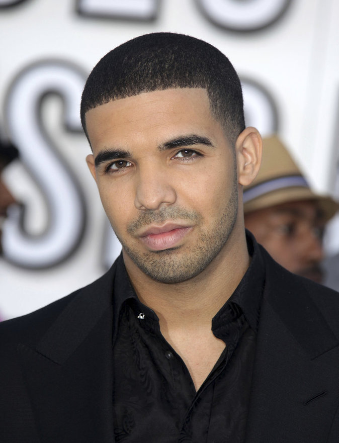 Photos : Public Story : Drake : l'anti Kanye West