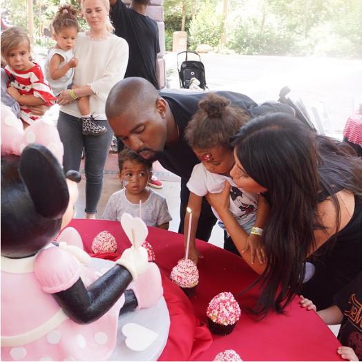 Kim Kardashian, Kanye West et North West le 15 juin 2015