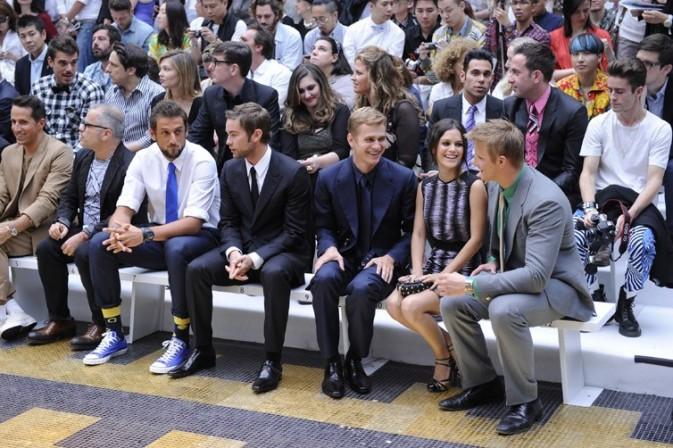 Rachel Bilson, Hayden Christensen et Chace Crawford au défilé Versace Hommes le 23 juin 2012 à Milan
