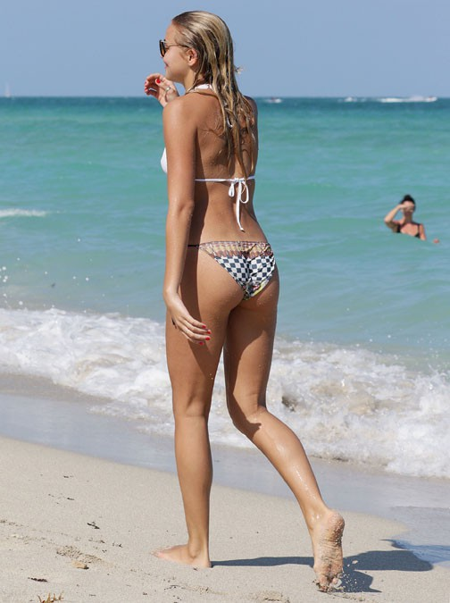Rachel Hilbert à Miami le 16 mars 2015