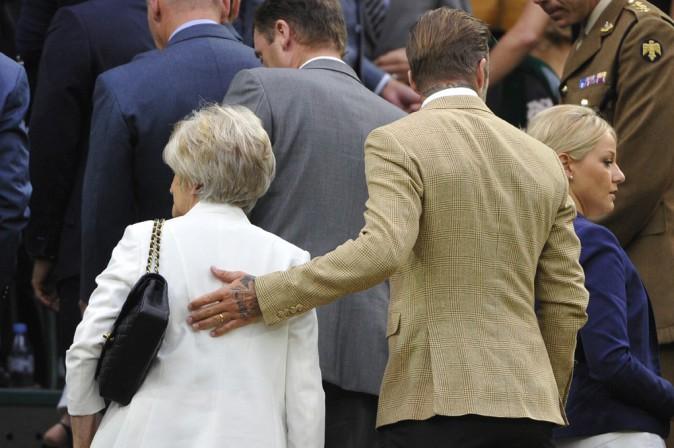 David Beckham avec sa maman Sandra à Wimbledon le 28 juin 2014