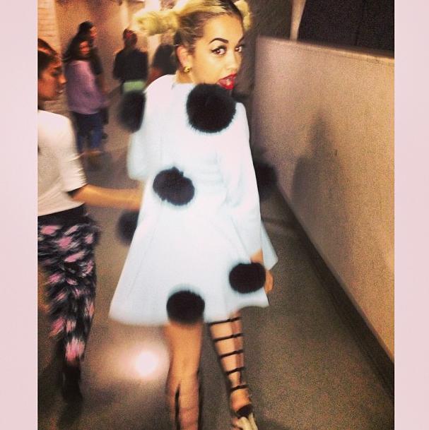 Il s'agit de Rita Ora !