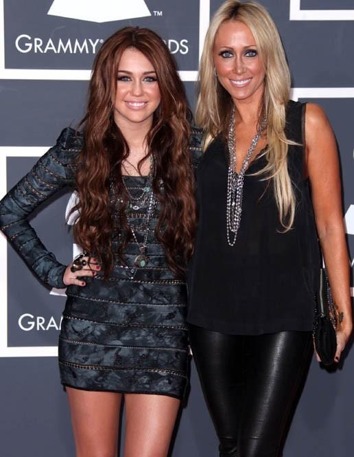Miley Cyrus avec sa maman Tish !