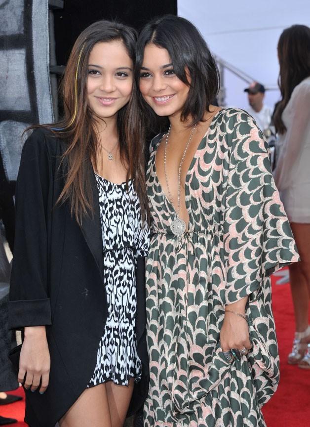 Vanessa Hudgens et sa soeur Stella !