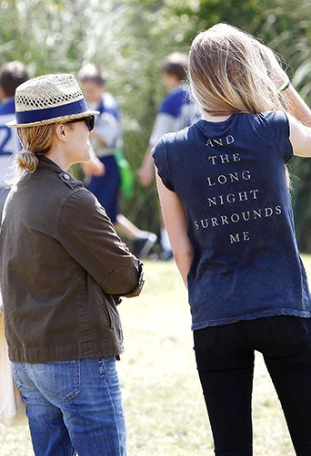 Reese Witherspoon et Paulina Slagter à Brentwood le 18 mai 2013