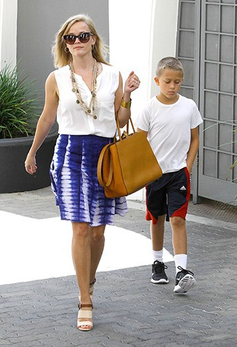 Reese Witherspoon à Beverly Hills le 23 juillet 2013