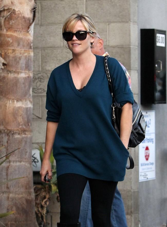 Reese Witherspoon à Venice, dans la banlieue de Los Angeles, le 30 octobre 2012