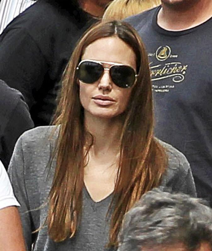 Photos : Aviez-vous reconnu Angelina Jolie ?