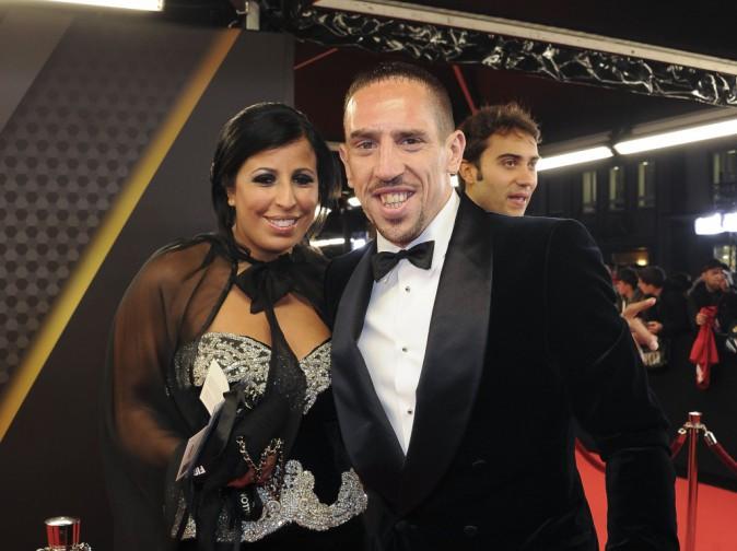 Franck Ribéry et sa femme Wahiba sur le tapis rouge de la cérémonie du ballon dor 2013, janvier 2014