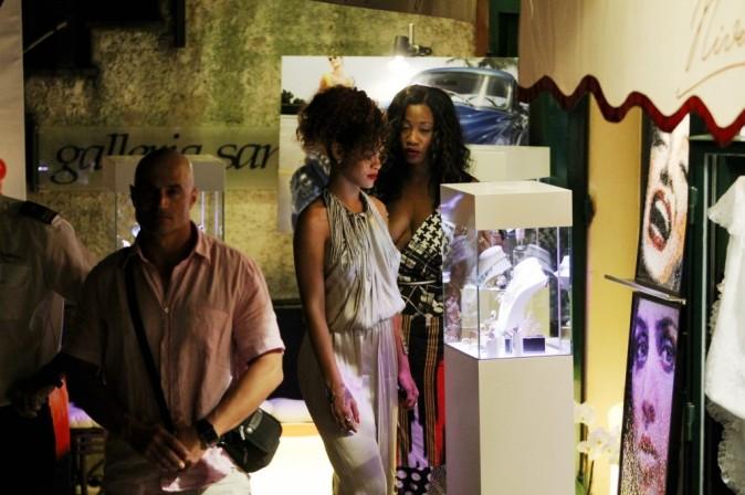 Rihanna en vacances avec ses copines à Portofino, le 24 août 2011.