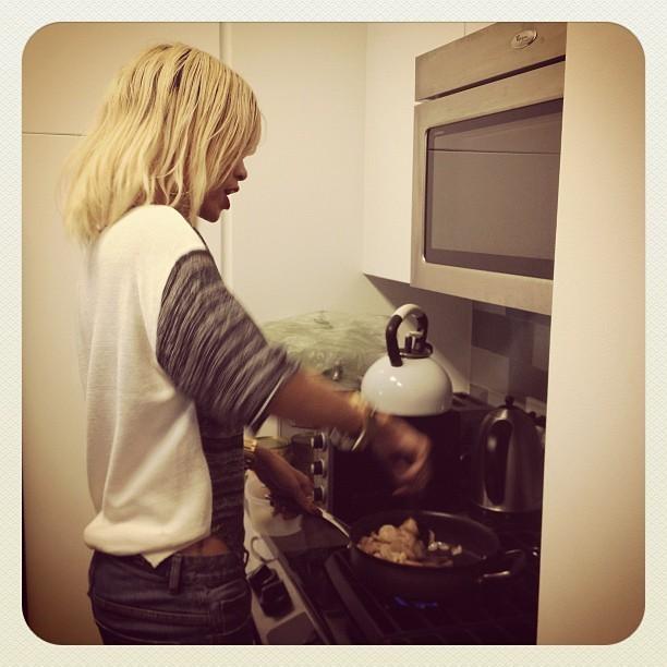Elle a fait la cuisine pour eux !