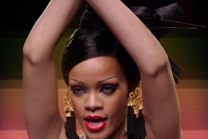 Rihanna, somptueuse geisha dans le clip Princess of China !
