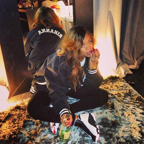 Le vin et la solitude ne réussissent pas à Rihanna...