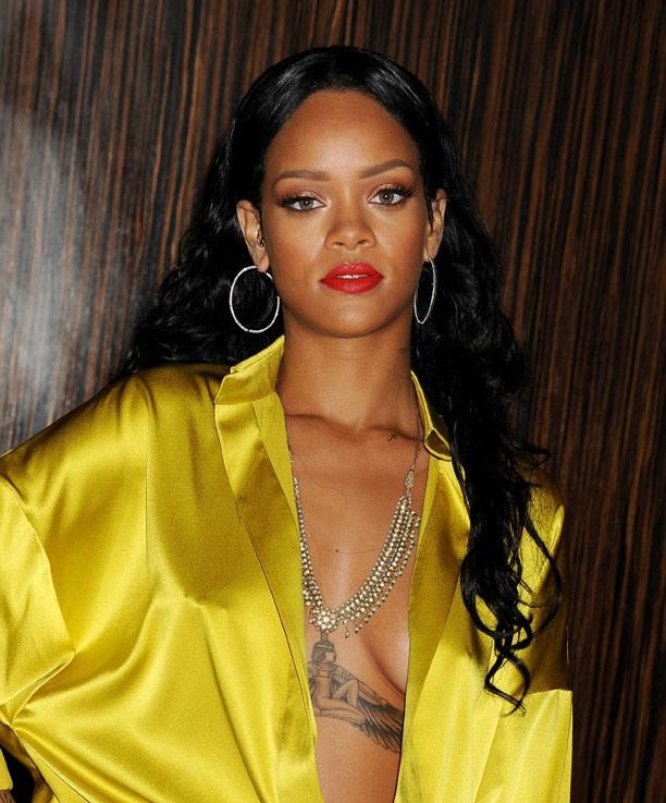 Rihanna au gala pre-Grammy Clive Davis organisé à Beverly Hills le 25 janvier 2014