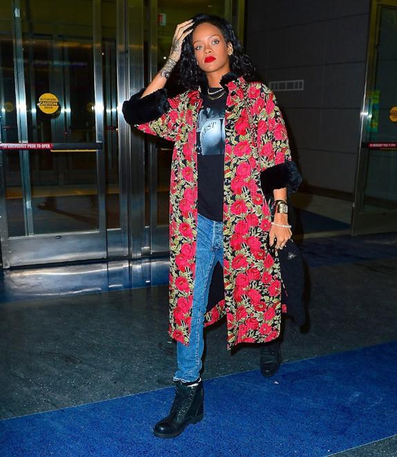 Rihanna à l'aéroport JFK de New-York le 11 janvier 2014
