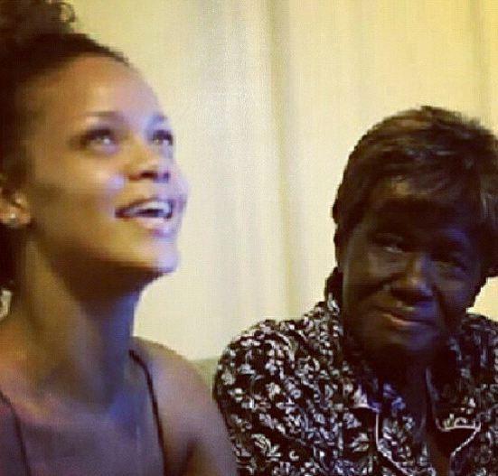 Rihanna et sa grand-mère, avant la maladie...