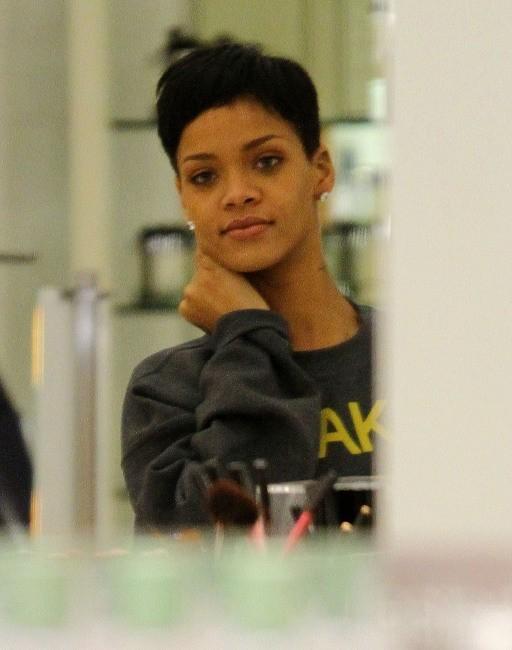 Rihanna, Beverly Hills, 15 décembre 2012.