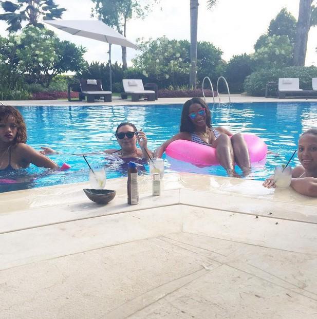 Rihanna à la Barbade le 2 août 2015
