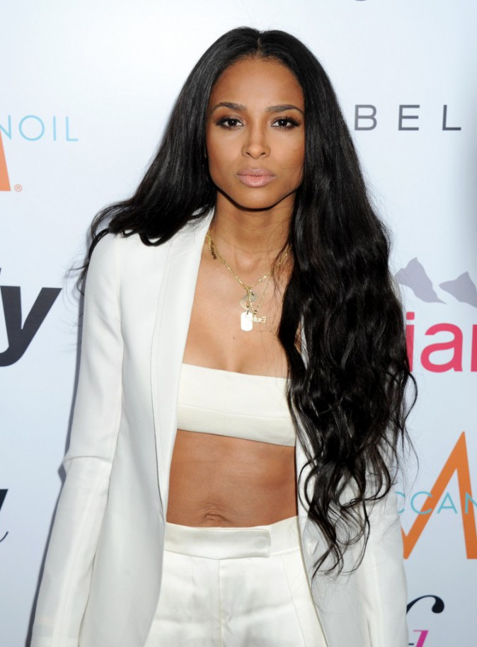 Photos : Rihanna et Ciara : duel de bombes aux Fashion Los Angeles Awards !