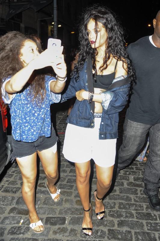 Rihanna à la sortie du VIP Room à New York, le 30 juillet 2014.