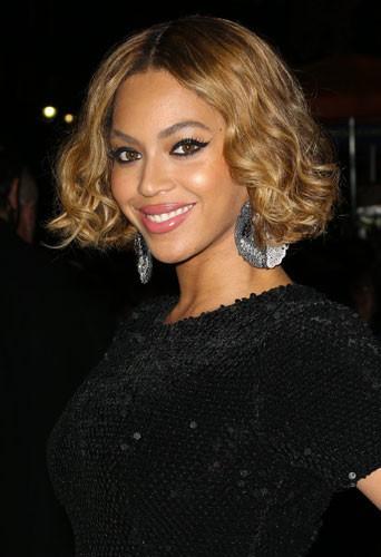 """Photos : Rihanna, Justin Bieber, Beyoncé… : les stars vous souhaitent un """"Happy Thanksgiving"""" !"""