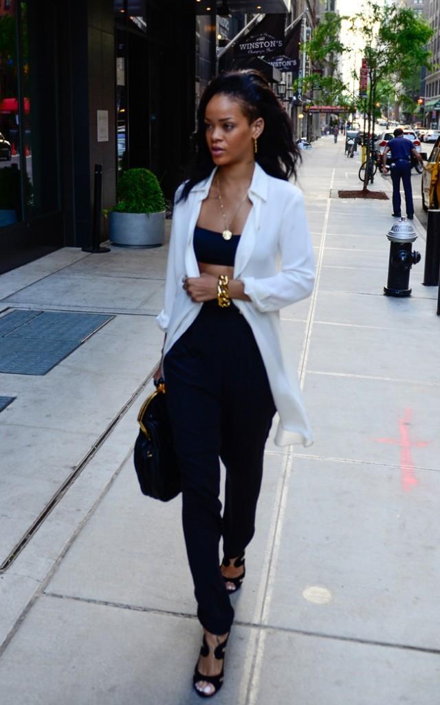 Rihanna le 10 mai 2012 à New York