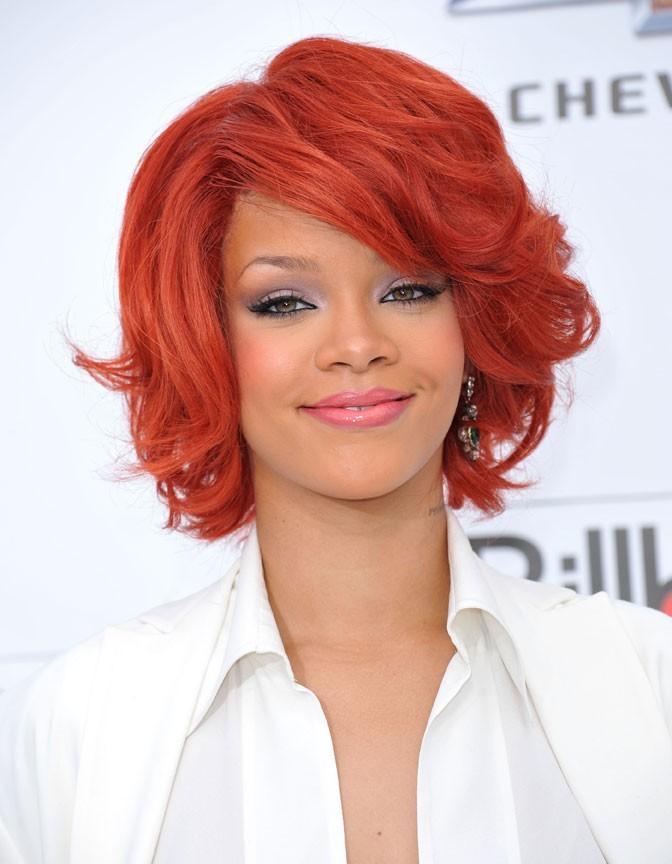 Rihanna en rousse