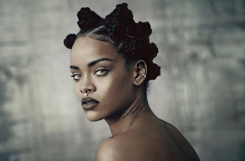 Photos : Rihanna : retour dans les années 90 pour I-D Magazine !