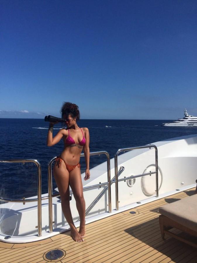 Photos : Rihanna : so sexy… son bikini body de folie est de retour !