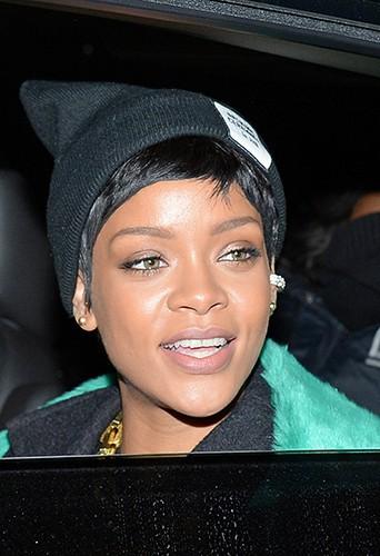 Rihanna à New-York le 13 décembre 2013
