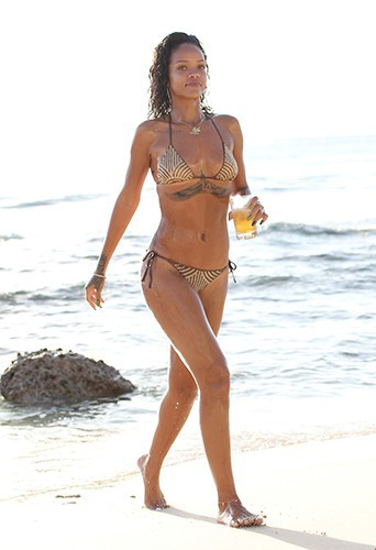 Rihanna à la Barbade le 28 décembre 2013