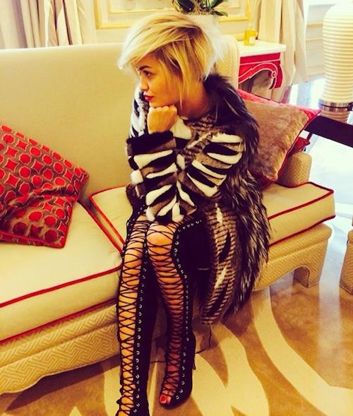 Photos : Rita Ora : elle adopte les cheveux courts !