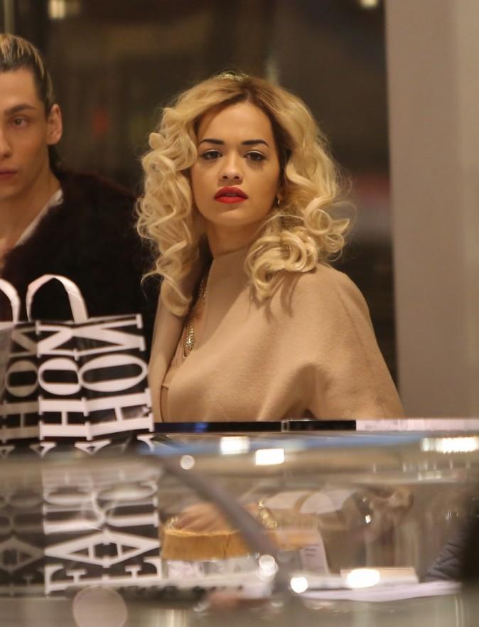 Rita Ora à Paris le 16 novembre 2012