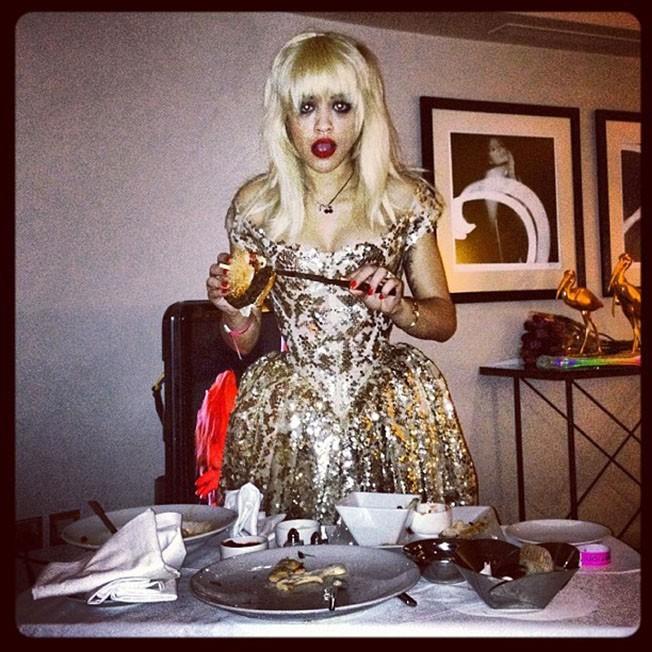 Rita Ora pour ses 22 ans