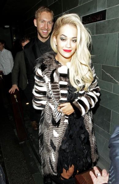 Rita Ora et Calvin Harris à Londres, le 19 février 2014.