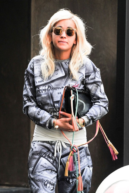 Rita Ora à la sortie de la maison de Calvin Harris à Los Angeles le 7 février 2014