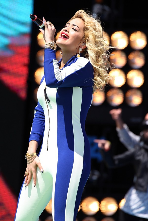 Rita Ora en concert à Weston Super Mare le 1er juillet 2012