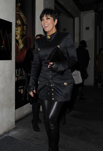 Photos : Rob Kardashian : repéré à Londres aux côtés d'une jolie brune !