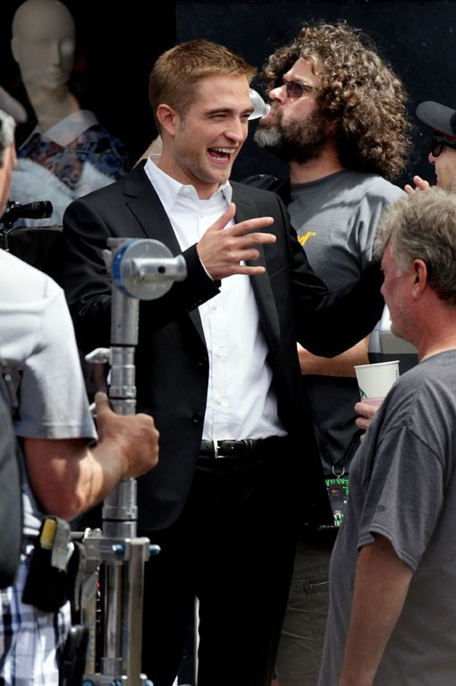 "Robert Pattinson sur le tournage de ""Maps To The Stars"" à Los Angeles le 18 août 2013"
